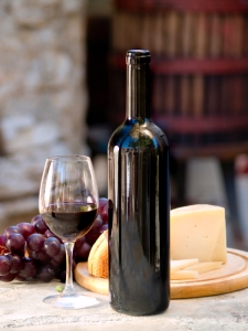 Manchego cheese & tempranillo wine